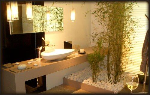 Chambre parentale zen latest largement ouverte sur le for Salle de bain design avec décoration de table exotique